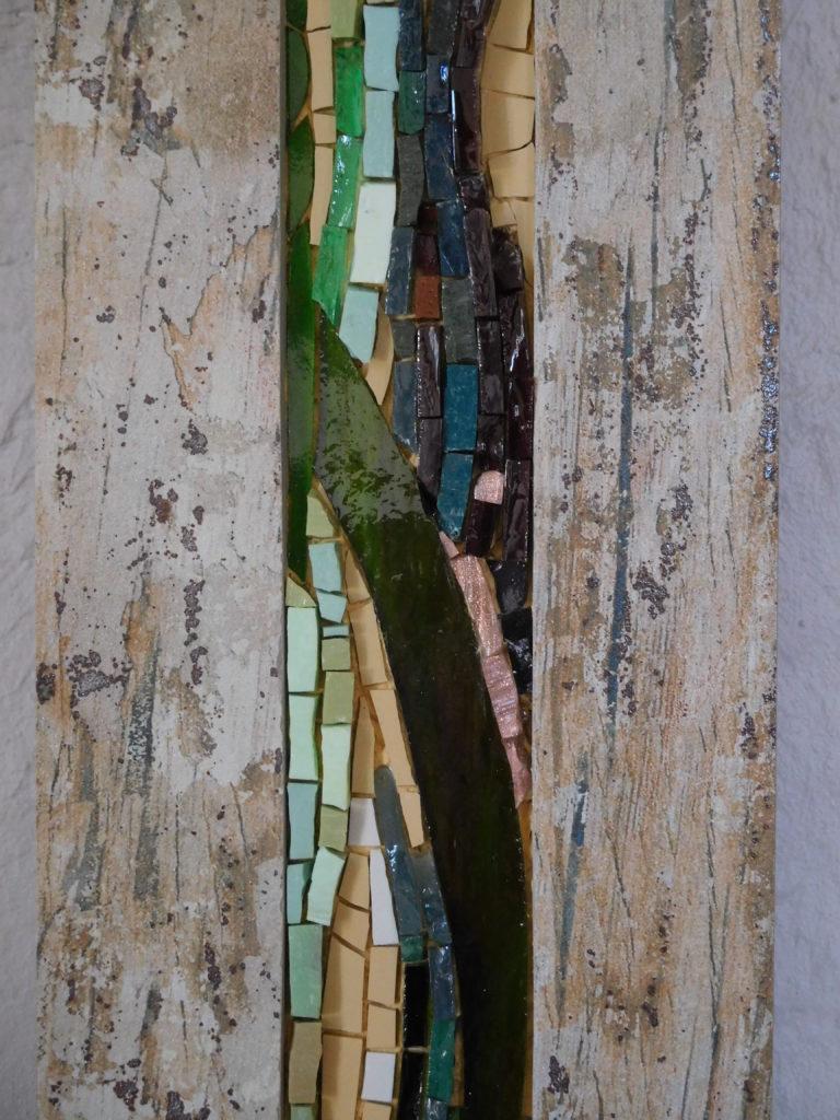 Détail de tableau Herbes Folles, avec différents verre, dans carrelage.